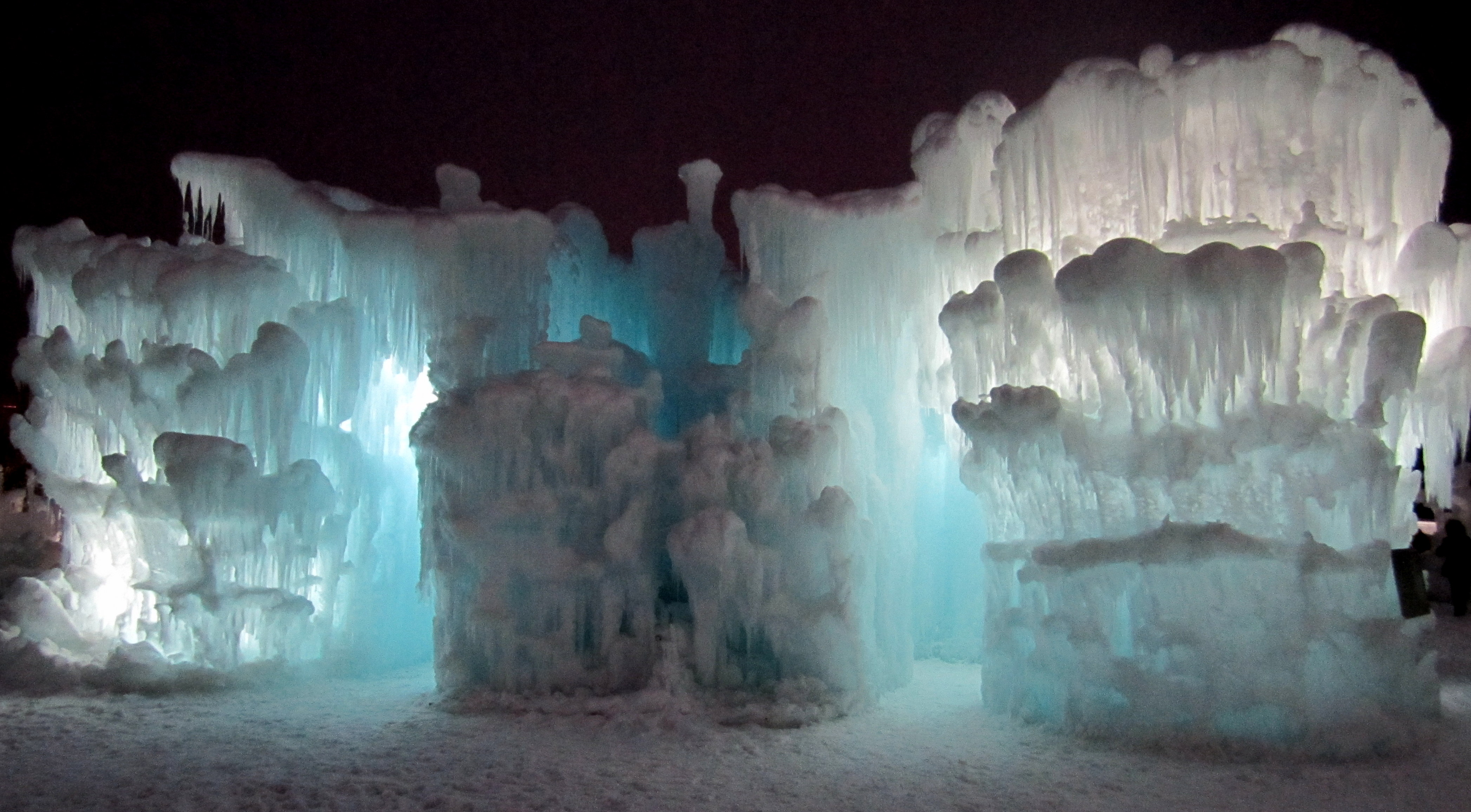 ice castle night 3