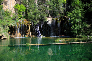 Hiking to Hanging Lake in Colorado